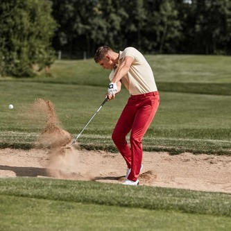 costume-homme-pantalons-meyer-rouge-golf