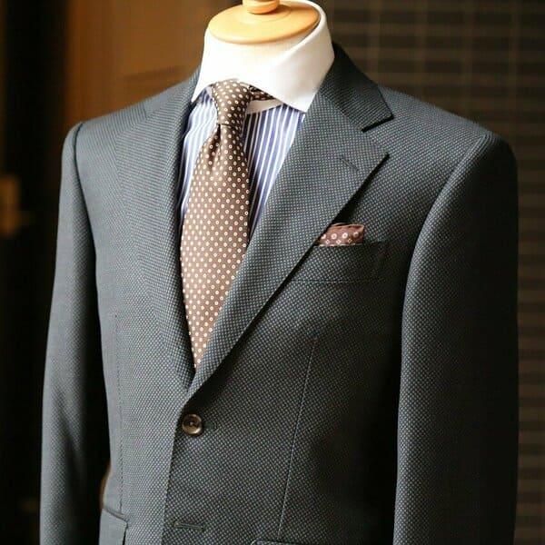 costume-homme-services-tailleurs-ajustement