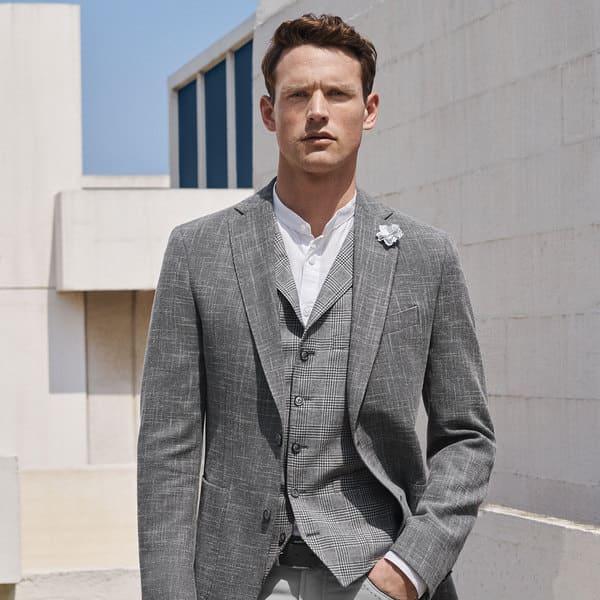 costume-homme-sur-mesure-gris-complet